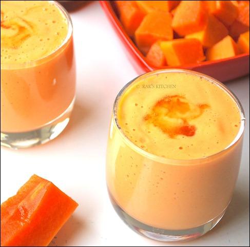 Papaya Honey Smoothie